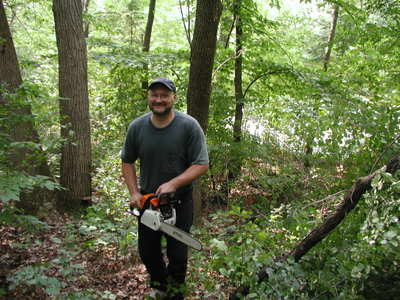 Bill_with_chain_saw_063006