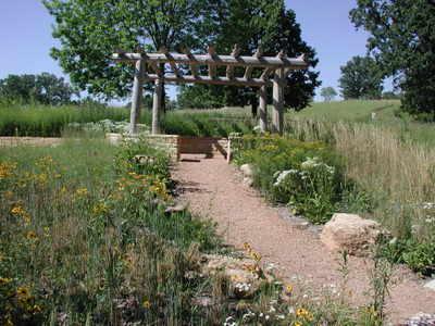 Mn_arb_prairie_garden_1_072306